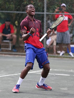 Tiafoe OBclinch 121513