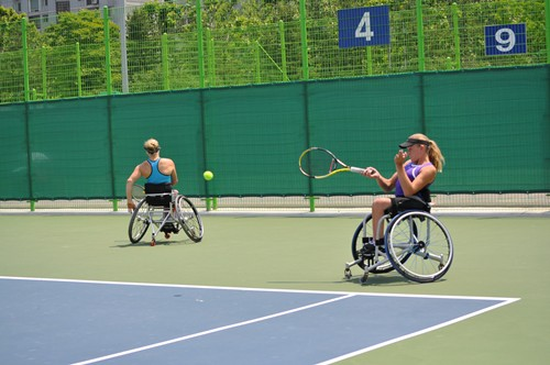 Kaiser and Verfuerth attack in doubles practice